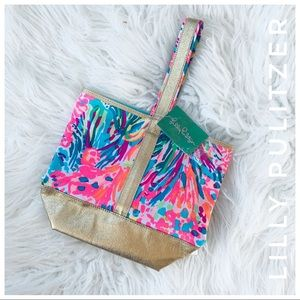 Lilly Pulitzer Bags - LILLY PULITZER fan sea pants wine tote